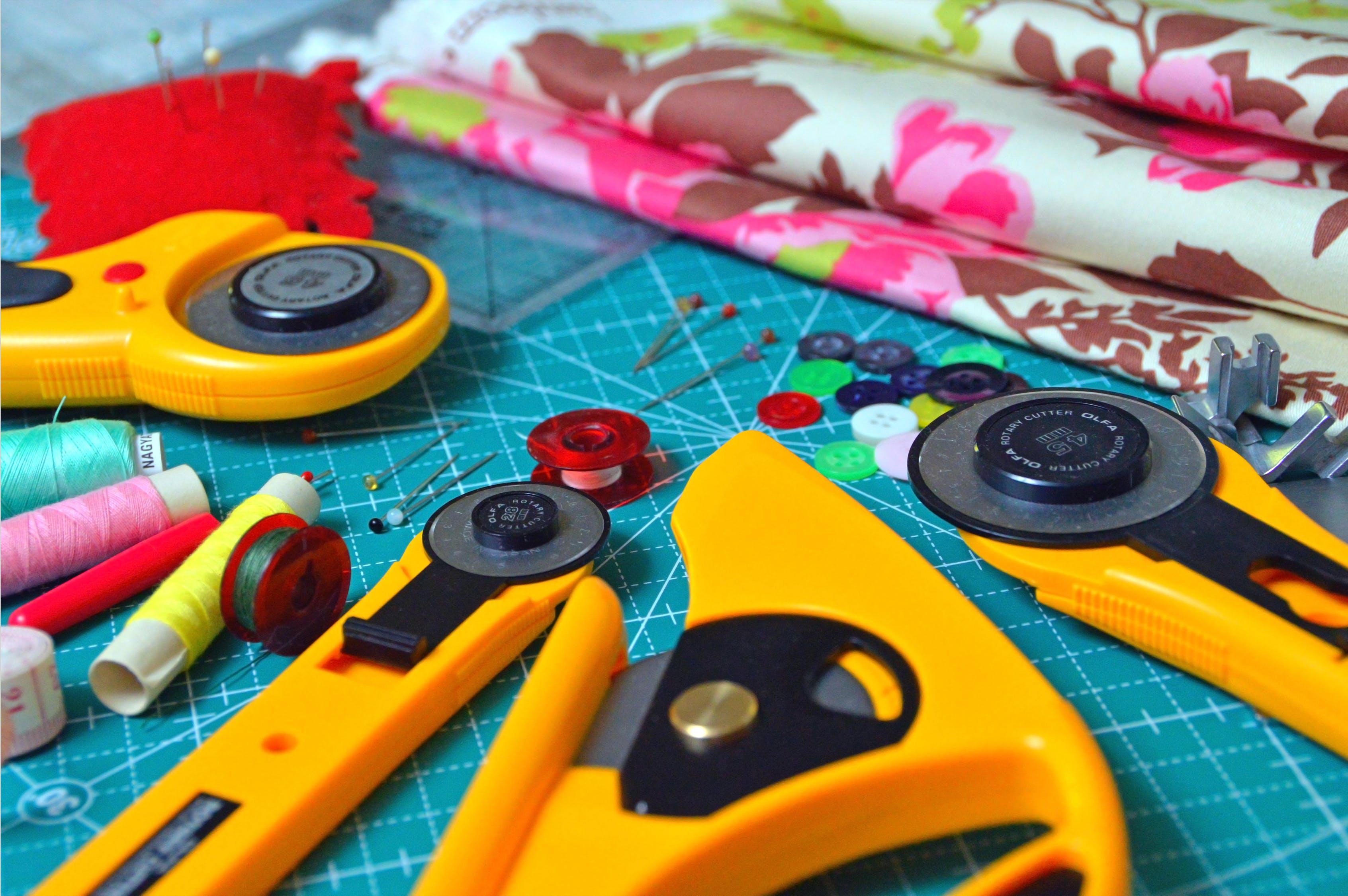 Sur le fil ....Atelier de couture |